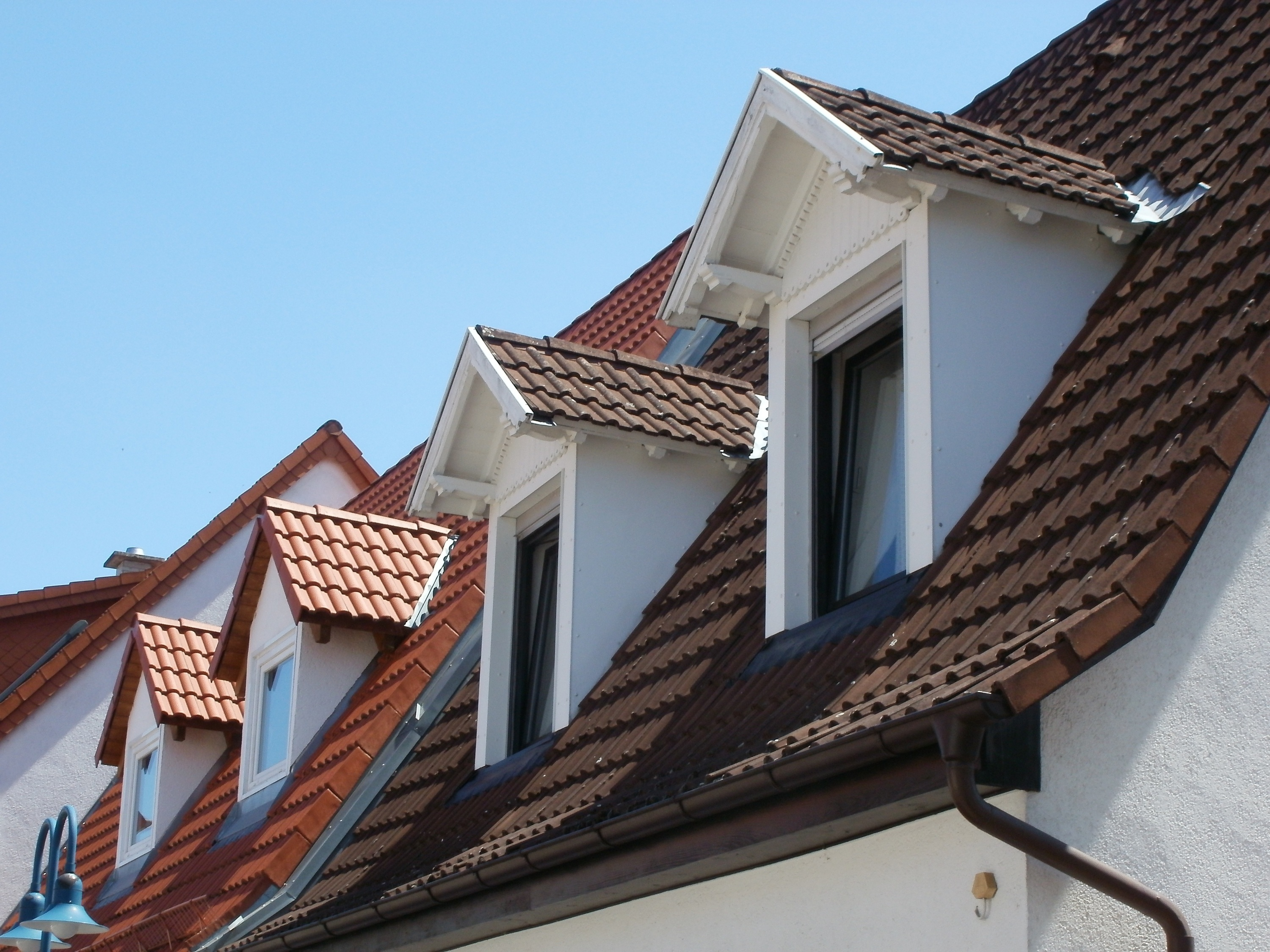 Difference Between Flat And Pitched Roof Advantages Of Each