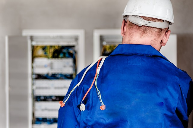 How to Choose an Electrician – Tips From Pros
