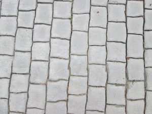 How to Lay Pavers on Dirt