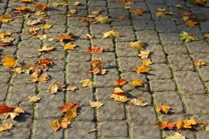 How Do You Fix Moving Pavers